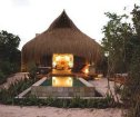 Azura Retreat, Benguerra Island Accommodation